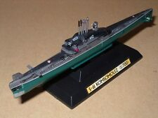 TAKARA Ships of the World 3 1/700 Russian Whiskey Lon Bin Class S-61