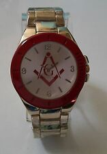 GOLD  FINISH WITH RED MASON SIGN BRAND NEW  FASHION  WATCH