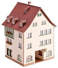 FALLER 130492 Stadthaus mit Passage 108 x 108 x 165 mm  NEU&OVP