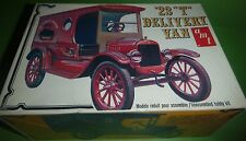 AMT 1923 FORD T DELIVERY VAN T400 Model Car Mountain 1/25 OPEN