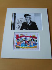 Bob Grant - On The Buses Genuine Autograph - UACC / AFTAL.