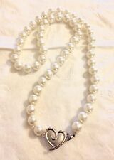 Mary Kay Cosmetics Classic Pearl Silver Heart Necklace