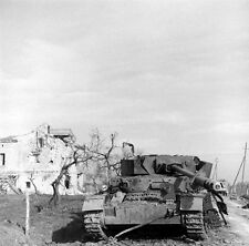 WWII Photo German Panzer IV Knocked Out Italy 1944  WW2 B&W World War Two/ 4122