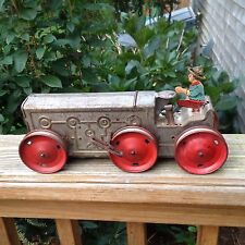 Vintage 1930's Marx Co Wind-up Tin Farm Toy Tractor With Driver