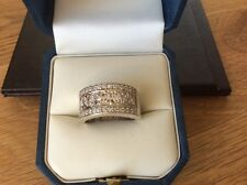 9ct White Gold band ring set with 33 Diamonds size N