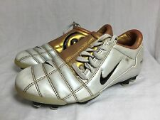 NIKE Total 90 III Rare football Boots Trainers Plastic Studs  SIZE 2 White Gold