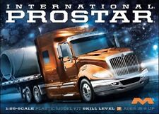 Moebius Models [MOE] 1:25 International ProStar Plastic Model Kit 1301 MOE1301