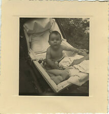 PHOTO ANCIENNE - VINTAGE SNAPSHOT - ENFANT LANDAU DRÔLE - CHILD BABY CARRIAGE