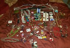 UNtested estate MIXED VINTAGE  RHINESTONE GOLD SILVER TONE avon JEWELRY BIG LOT