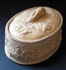 """WEDGWOOD GAME PIE DISH, CANEWARE, 3-Pc w/ LINER, 9"""", HARE FINIAL, c1870"""