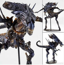 Aliens vs Predator Kaiyodo Revoltech 018 Alien Queen PVC Action Figure Collect