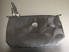 NWT COACH Signature Cosmetic Make Up Bag Pouch NWT Box F77382