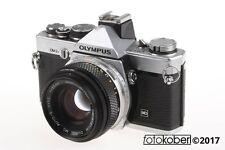 OLYMPUS OM-2N mit 50mm f/1,8 Objektiv - SNr: 751274