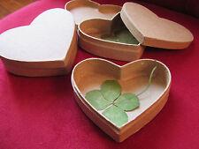 un cadeau original : trèfle à 4 FEUILLES dans une boîte coeur !