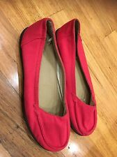 Homy Ped Flats shoes Size 9 Red Removable Lining New Not Worn Yet