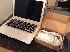"APPLE MACBOOK 13""  CORE 2 DUO 2.0GHZ 2GB RAM A118"