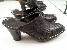 """DONALD J PLINER SPORT """"BUSY"""" BROWN WOVEN LEATHER CLOGS, MULES, - SIZE 9 1/2 MED"""