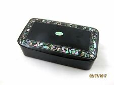 Antique  BLACK LACQUER SNUFF BOX   Abalone Shell Decoration