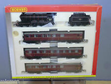 HORNBY RAILWAYS MODEL No.R.2134M BR  4-6-0 CLASS B12/3 LOCO TRAIN PACK   VN  MIB