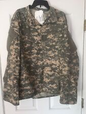 NWT US Army Combat Uniform ACU jacket  universal camo Insect Repellent sz Large