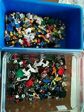 10 LEGO MINIFIG PEOPLE LOT random grab bag minifigure guys + extra accessories