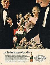 PUBLICITE ADVERTISING 035  1971  VEUVE CLIQUOT- PONSARDIN  champagne