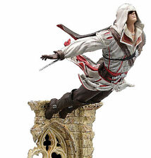 UBISOFT ASSASSIN'S CREED 2 EZIO AUDITORE LEAP OF FAITH PVC STATUE NEW!! NUOVA