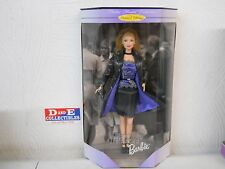 1999 BARBIE CLOTHS MINDED COLLECTION TREND FORECASTER DOLL NEW