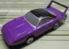 für Slotcar Modellbahn -- Plymouth mit Life Like  Chassis !