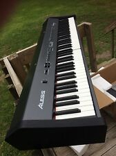 Alesis Coda 88-Key Digital Piano with Hammer-Action Keys Coda Series