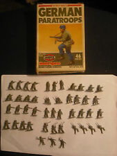 Soldatini Toy Soldiers Airfix German Paratroops WW II scala H0 Ref 9 01753
