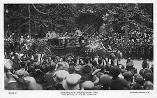 BF38069 coronation procession prince of walles carriage  uk queen king royalty