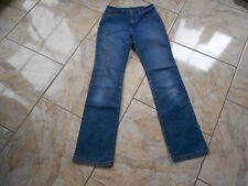 G9968 Wrangler Regular Body Bootcut Jeans W26 Dunkelblau ohne Muster
