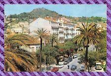 CPM 83 - Hyeres les Palmiers  L'avenue Gambetta