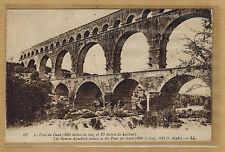 Cpa le pont du Gard rp0228