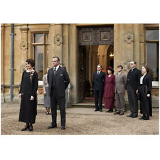 Downton Abbey Cast Greeting Guests at The Doorway 8 x 10 Inch Photo