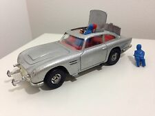 Corgi C271 James Bond Aston Martin DB5, 1980's, All Figures Included! Nice!