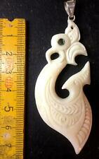 Maories carving 7,5cm Bone huesos Hei Matau Fish Hook Surfer remolque Nueva Zelanda