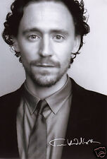 TOM HIDDLESTON SEXY AUTOGRAPH SIGNED PP PHOTO POSTER
