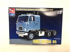 New General Motors GMC Astro 95 Cabover Tractor 1:25 AMT Ertl Model 38164-1HD