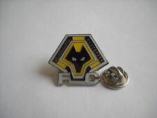 a2 WOLVERHAMPTON FC club spilla football calcio pins badge inghilterra england