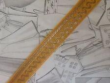 (BU)ANCIEN GALON TISSE JACQUARD MOERAVA VOLUTES JAUNE D' OR vendu au mètre