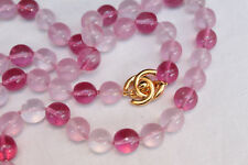 CHANEL 1996P Long necklace with pink glass pearls and a golden logo CC clasp