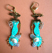 1309 / BOUCLES D'OREILLE PERCEES  EMAILLEES / SIRENE