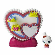 Bandai Tamagotchi Friends Dream Town Playset - Kiramotchi Loves Fashion