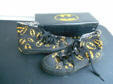 Scarce Vintage 1989 CONVERSE BATMAN Shoes in Original Box Size 3 1/2M 5 1/2W NOS
