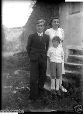 Portrait groupe famille parents enfant - ancien négatif photo verre an. 1930 40