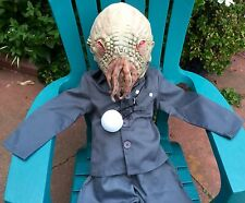 BBC DR DOCTOR WHO RED EYE OOD MONSTER COSTUME MASK LITE UP BALL BOYS CHILD S 5 6