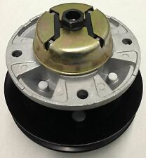 Spindle assembly replaces John Deere Nos. AM121229 & AM121342