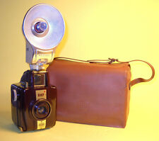 Bilora Boy (6x6) bakelite camera w/Flash and Case in extremely good condition!